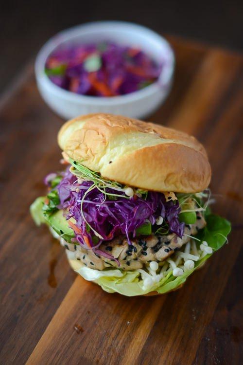 ahí tuna burgers with spicy sriracha mayo - try these as a healthier ...