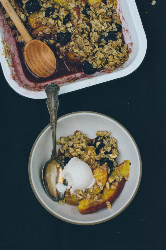 Nectarine and blackberry crisp | Scaling Back