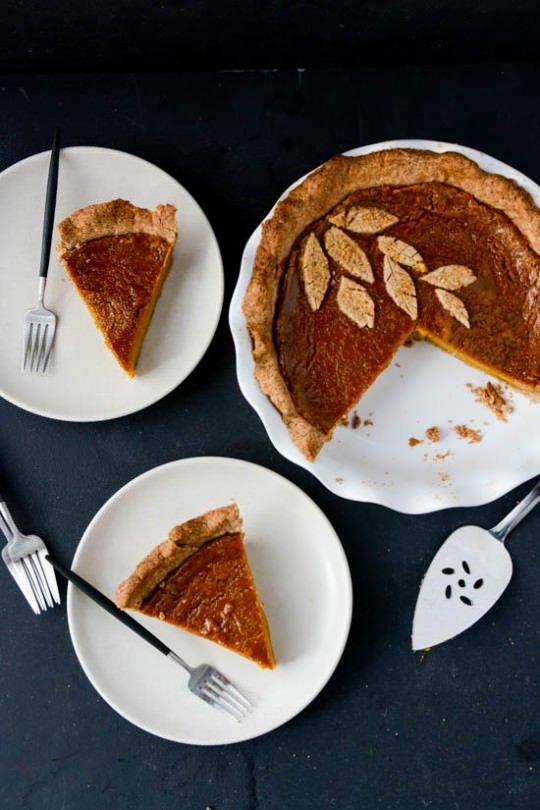 Vegan hazelnut pumpkin pie | Scaling Back