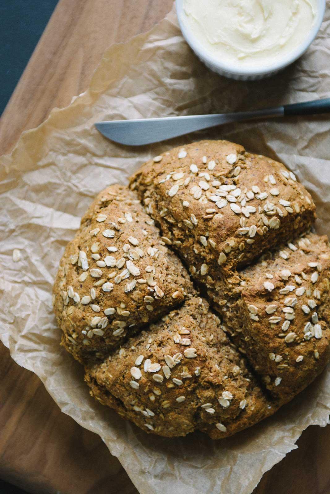 honey hazelnut oat bread | www.scalingbackblog.com