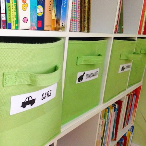 Minimal Mondays - getting your kids organized - www.scalingbackblog.com