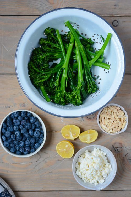 broccolini blueberry and feta salad - perfect for packing into lunches and only a few ingredients - www.scalingbackblog.com