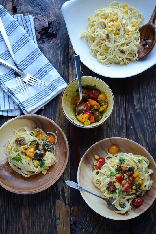 Sweet corn pasta sauce | scalingbackblog.com