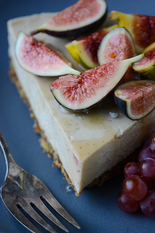 White chocolate faux cheesecake   scalingbackblog.com