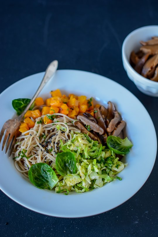 Vegan Asian soba noodle bowl with pickled shitakes