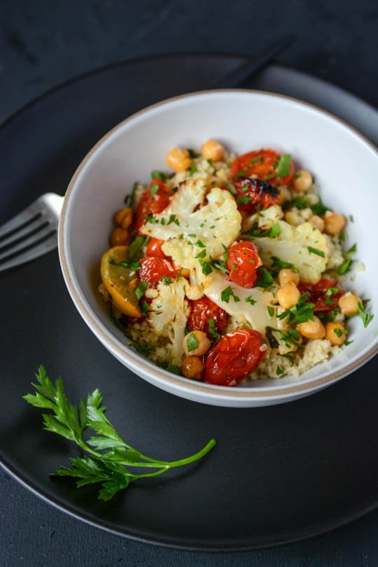 Roasted cauliflower, tomato and chickpea bowl | scaling back