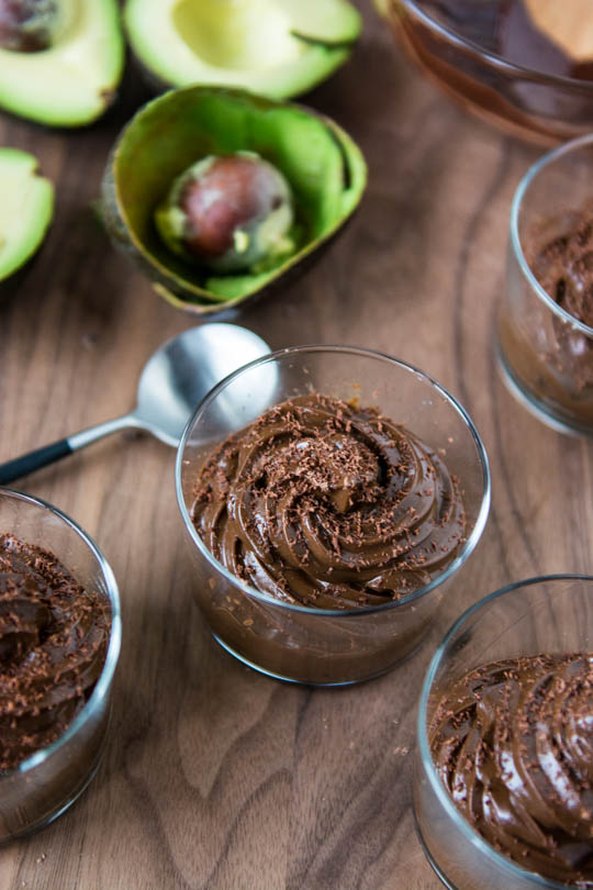 Five ingredient dark chocolate avocado mousse, vegan with no refined sugars!