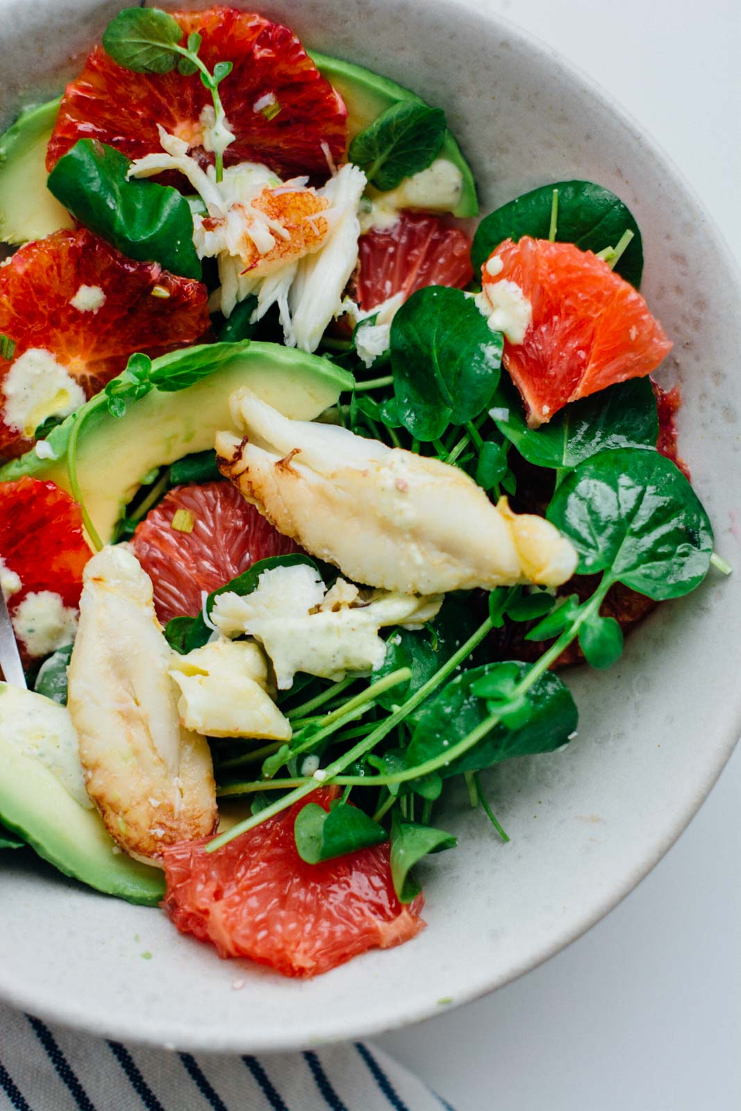 Grapefruit, Crab and Avocado Salad {New Year Reset Day 4} | www.scalingbackblog.com