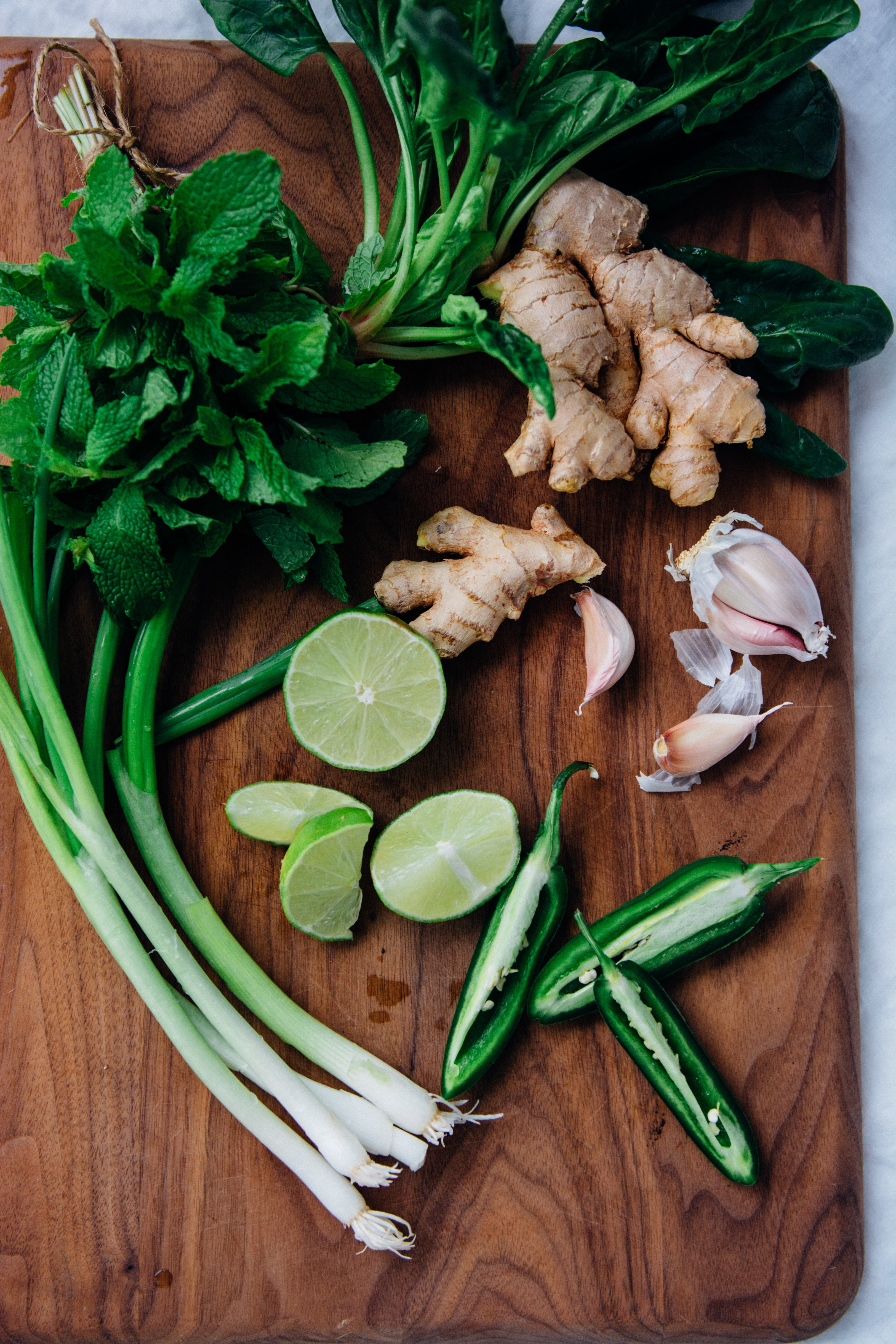 Super Green Coconut Curry {New Year Reset Day 16} | www.scalingbackblog.com