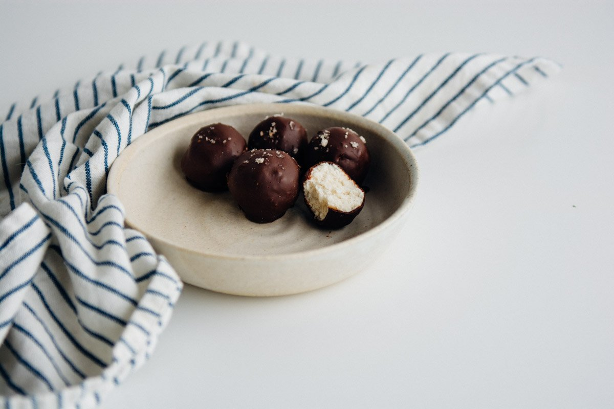 Dark Chocolate Coconut Butter Bites {New Year Reset Day 24} | www.scalingbackblog.com