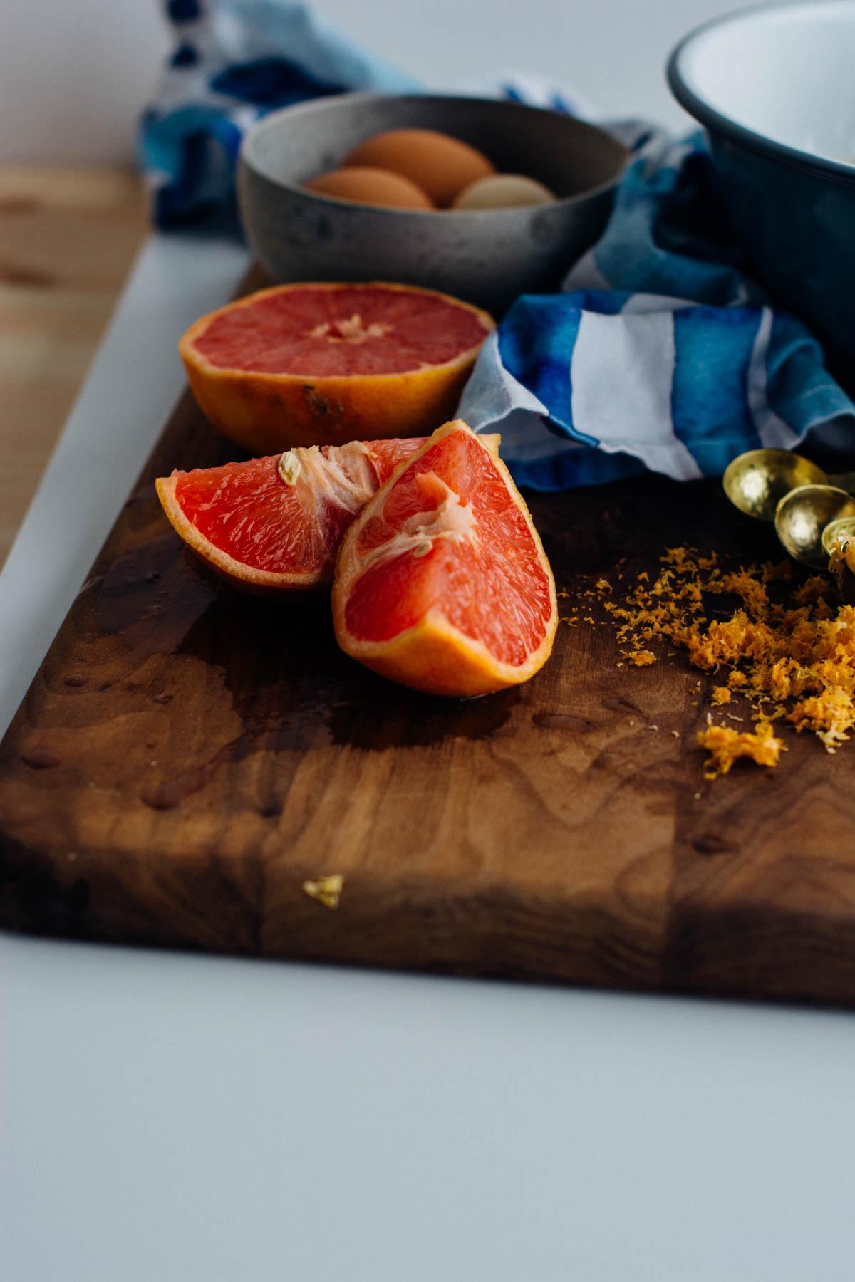 Grapefruit Almond Cake {dairy-free, gluten-free} | www.scalingbackblog.com