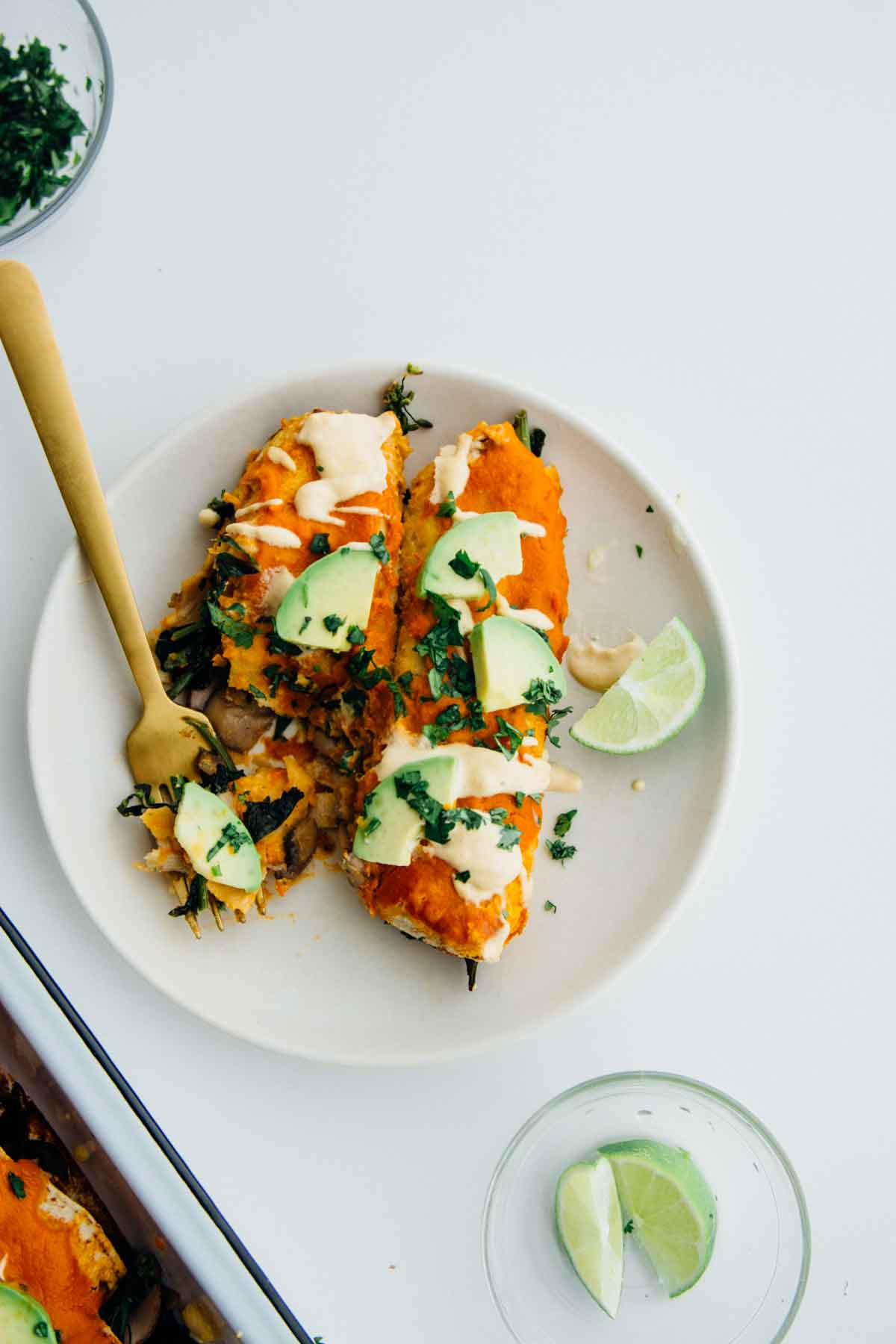 Smoky mushroom and kale enchiladas {vegan + gluten-free} | www.scalingbackblog.com