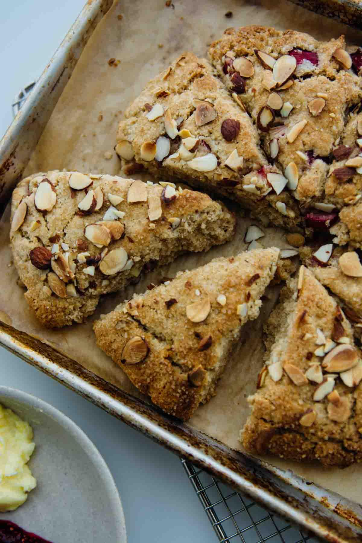 Rhubarb almond scones {dairy-free, vegan} | www.scalingbackblog.com